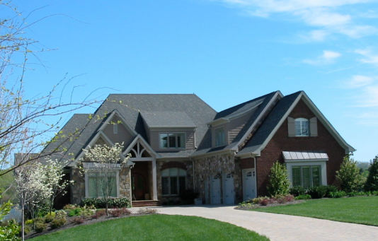 Photo of Knoxville Lake Home | Side Elevation View